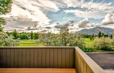 Photo for Timberline Condo, overlooks golf course, with stunning mountain views. A/C