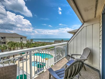 Photo for 319 Breakers, Fully Remodeled! Beautiful Oceanfront, Pool, Beach, Free Bikes