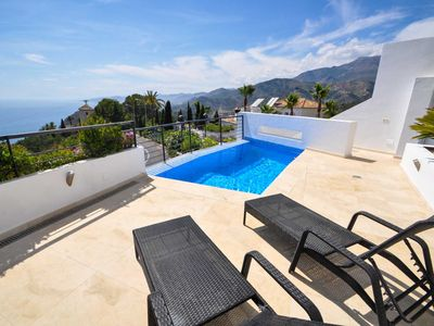 Photo for Luxurious new modern villa with private pool and spectacular sea views.