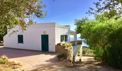 Photo for Splendid villa with terrace overlooking the sea 3km from the white beaches of Salento