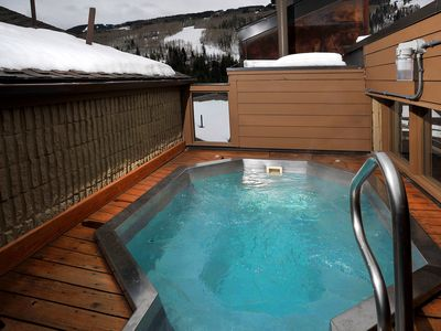 Photo for Right by Lionshead Village Gondola! Well Furnished Condo w/ Hot Tub in Building