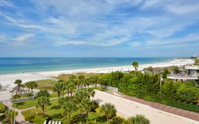 Photo for The Spectacular Beach Views You Want and the Beautiful Apartment You Deserve