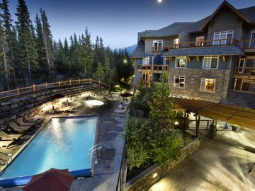 Blackstone Mountain Lodge, Canmore, Alberta, Canada