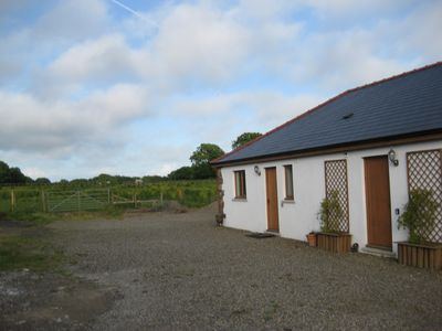 Photo for Newly available charming 1 bedroom accommodation in farm setting near