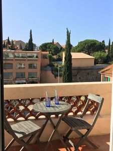 Photo for Magnificent T2 luxury air-conditioned and renovated, center of Bandol, everything on foot, wifi