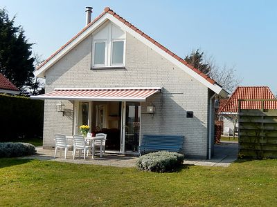 Photo for Vacation home de Witte Raaf in Noordwijk - 6 persons, 3 bedrooms