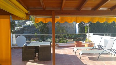Photo for Stylish apartment & large private roof terrace, in the heart of Puerto de Mogan
