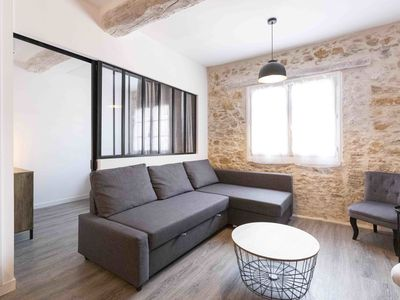Photo for Freshly renovated 2 bedroom apartment in the heart of old Antibes