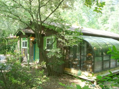 Photo for STONEY CREEK CABIN/Creek/Woods/HotTub/FP/King/Qu/MassageChr/Family Friendly