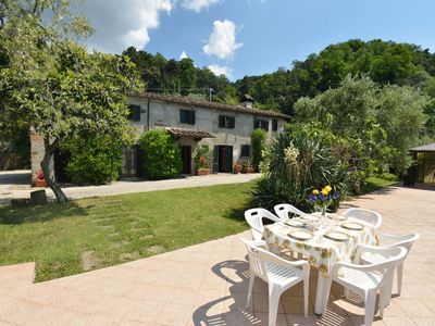 Photo for Stunning private villa for 6 people with private pool, hot tub, TV, panoramic view and parking