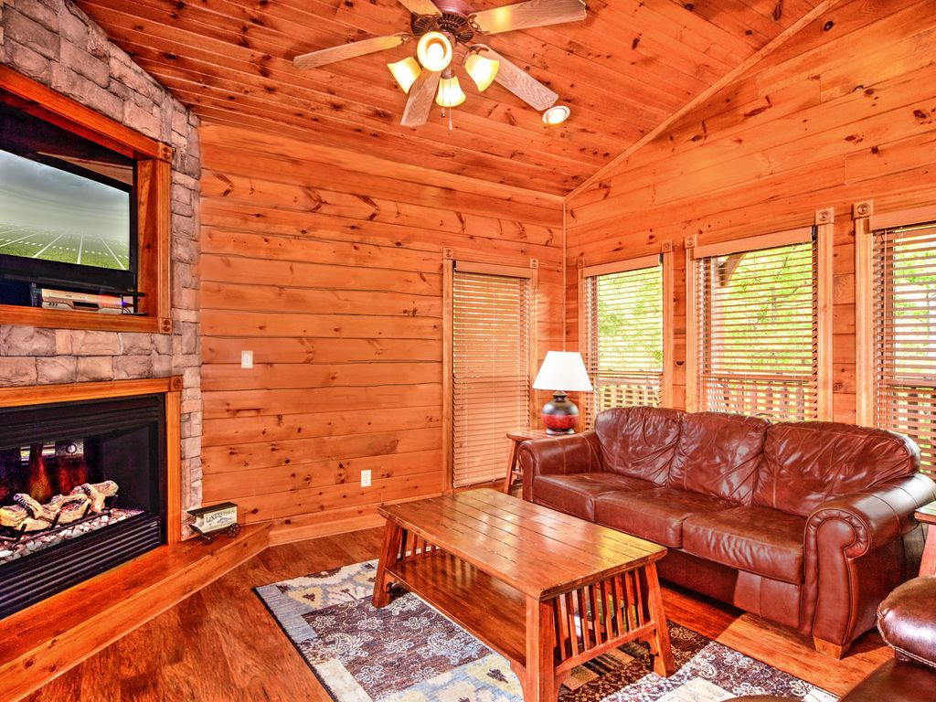 Luxury 2 story 1 bedroom cabin in gatlinburg falls resort - 1 bedroom cabin in gatlinburg tn ...
