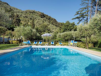 Photo for Large villa with private pool and garden for 12 people including 2 children