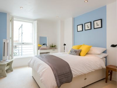 Photo for Central Brighton Apartment with Parking Space