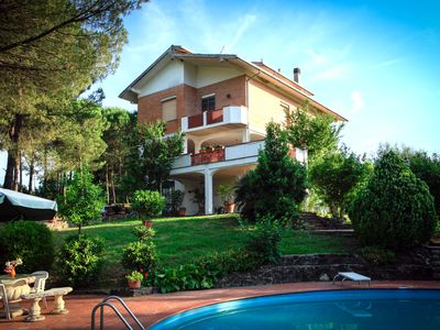 Photo for Rural and relaxing holiday in the heart of Tuscany