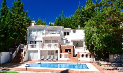 Photo for San Francisco Villa, Sleeps 10 with Pool, Air Con and WiFi