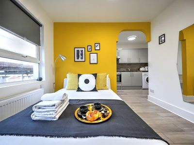 Photo for Studio 25 min to Piccadilly Circus, Willesden Junction, London #WJE