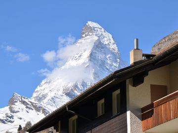 Apartments With Stunning Matterhorn View, Free Wifi, Non-smoking - Imperial Studio