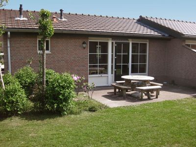Photo for Lovely apartment for 6 guests with pool, WIFI, TV and parking