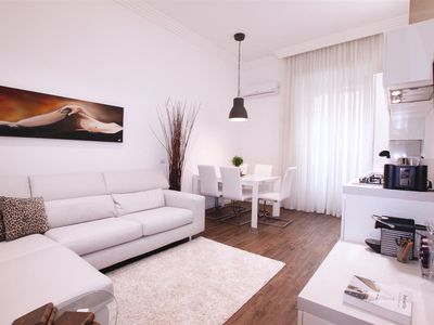 Photo for Elegant, spacious, comfortable stay in a sophisticated atmosphere, 50mt from Via Veneto, free wi-fi