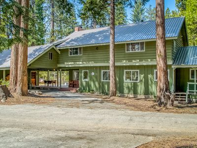 Photo for Spacious cabin home w/ a large deck, wood-burning fireplace, & full kitchen
