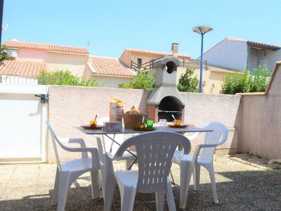 Photo for Villa Fleury-Saint-Pierre-la-Mer, 2 bedrooms, 6 persons