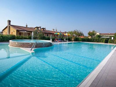 Photo for One bedroom Villa, sleeps 4 in La Pieve with Pool, Air Con and WiFi