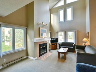 Photo for 3 Bedroom Mountain Side Condo w/ 3 Bathrooms - 2327  Blue Mountain Lodges