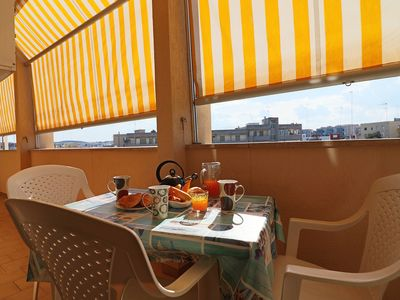 Photo for Central Apartment On the Beach with Balcony, Wi-Fi & Air Conditioning; Parking Available