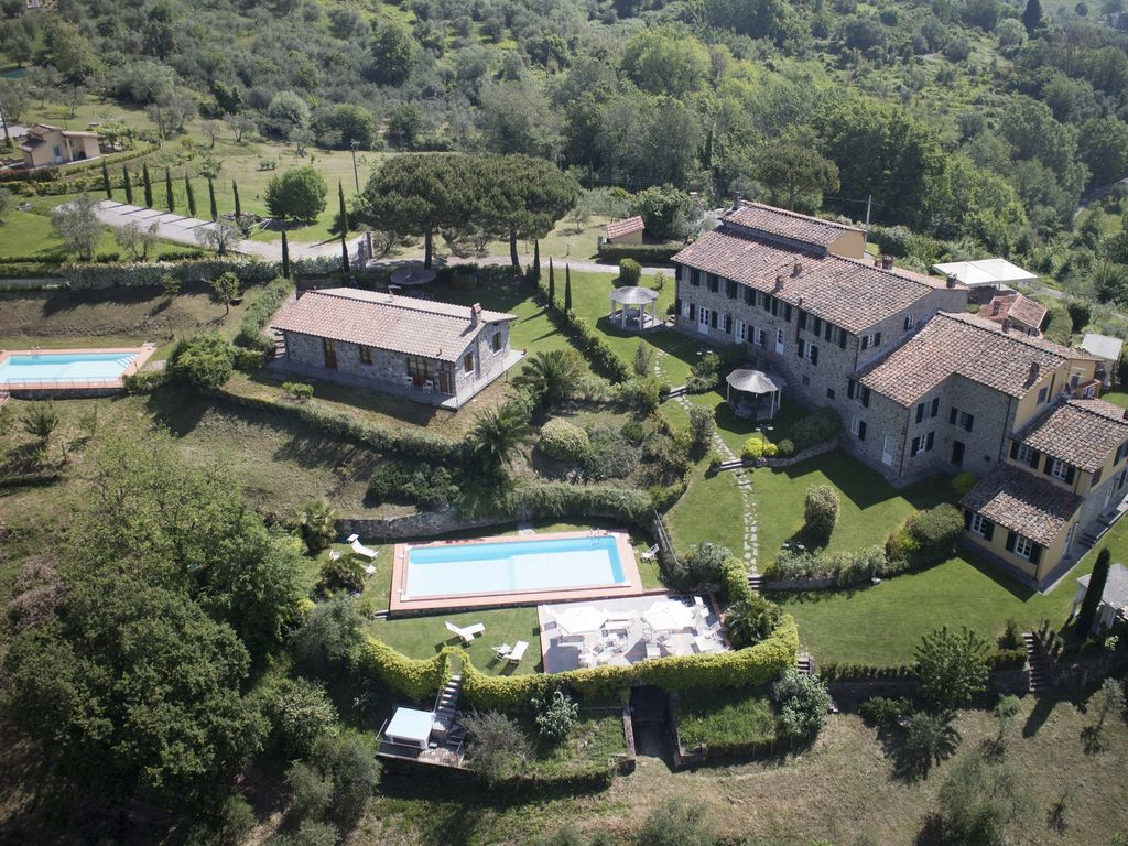 Restored Casale on the Tuscan hills