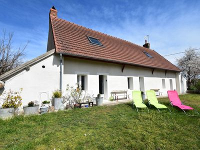 Photo for Holiday home in village on the Loire, near Decize, central location!