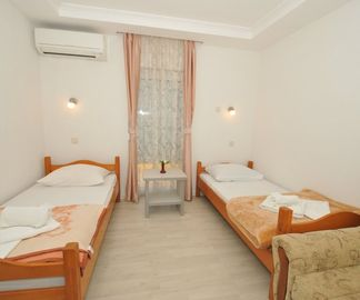 Standard Twin Room Pansion Hotel Glory 100331