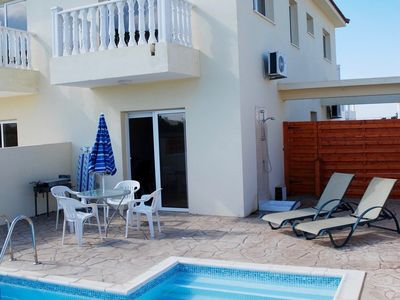 Photo for Golden Sands - Superb 2 bedroom Villa with Private Pool near Nissi beach