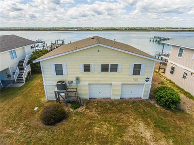 Photo for LINDY-B: 6 BR / 3.5 BA soundfront in Topsail Beach, Sleeps 12