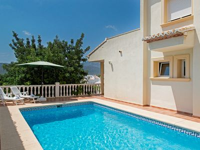 Photo for Holiday house with private outdoor pool and mountain views