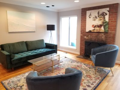 Photo for Modern Townhouse Near Rittenhouse | Special Offer