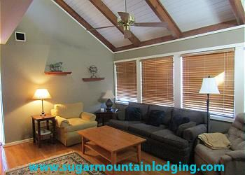 Photo for Gorgeous 3 Bedroom Pedestal House in Mossy Creek. Rented by Sugar Mtn Lodging