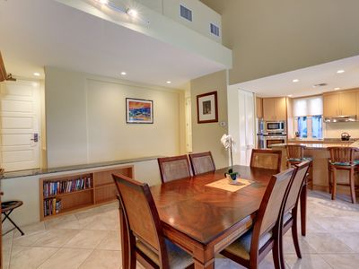 Photo for Beautifully remodeled! Deluxe 2 BR 2 BA! Top Floor! Palms at Wailea 206