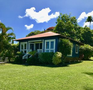 Photo for 1BR Cottage Vacation Rental in Hana, Hawaii