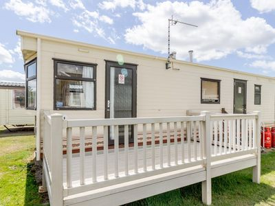 Photo for 6 berth dog friendly caravan for hire at Broadland sands in Suffolk ref 20016BS