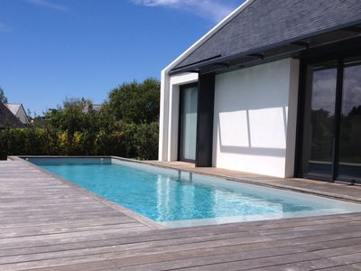 Photo for Contemporary villa with heated pool