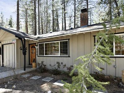 Photo for 3 Little Bears Cabin - Walk to Ski Shuttle, WiFi, and Gas Barbecue!