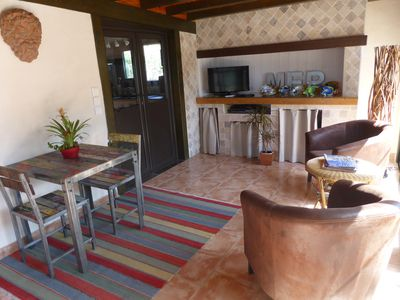Photo for charming cottage comfort on the bank of the Petit Rhône