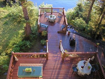 Oceanfront deck, patio, fire pit, barbecue grill & beach access trail