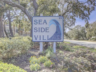 Photo for Spectacular Oceanfront Views From This 3rd Floor Villa(end unit)