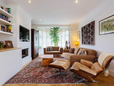 Photo for Stylish 5 bed family home, with stunning mature garden, in Wandsworth (Veeve)
