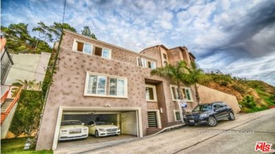 Photo for Hollywood Hills Luxury Estate 4 bedroom 4 1/2  bath room, with panoramic views.
