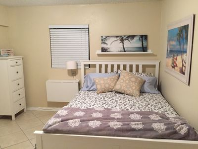 Photo for Cozy and modern 2/1 apt near Midtown Miami and South Beach