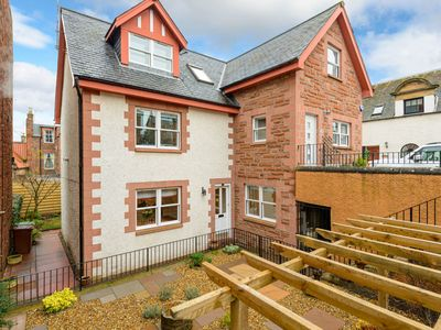Photo for St Andrews Lodge - Two Bedroom Apartment, Sleeps 4