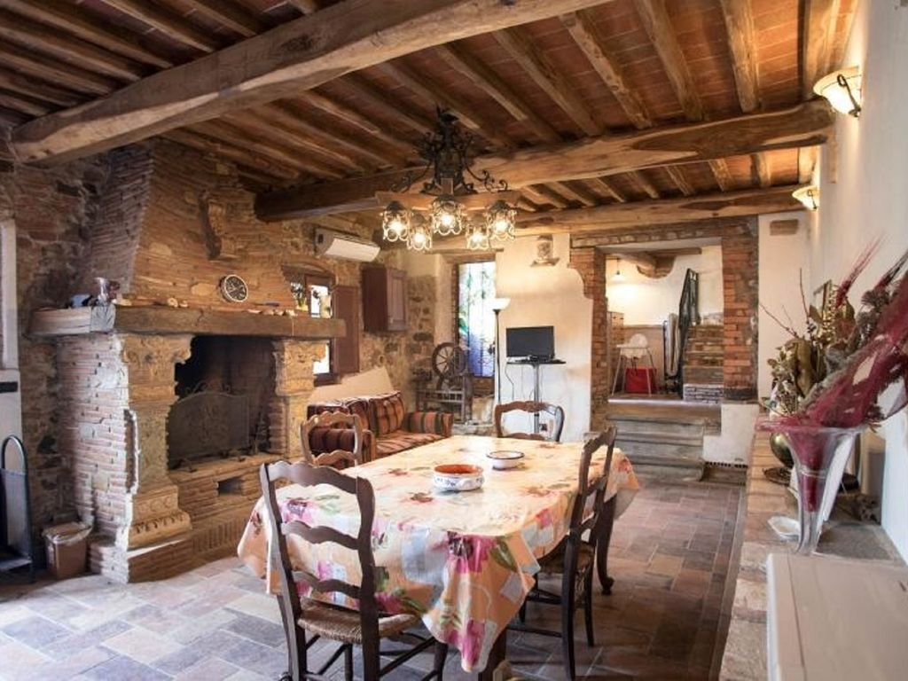 Vacation Home Tuscany Filettole, Pisa, in the hearth of ...