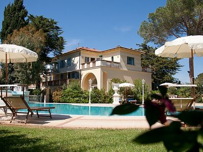 Photo for One bedroom Apartment, sleeps 4 in Marina di Cecina with Pool, Air Con and WiFi